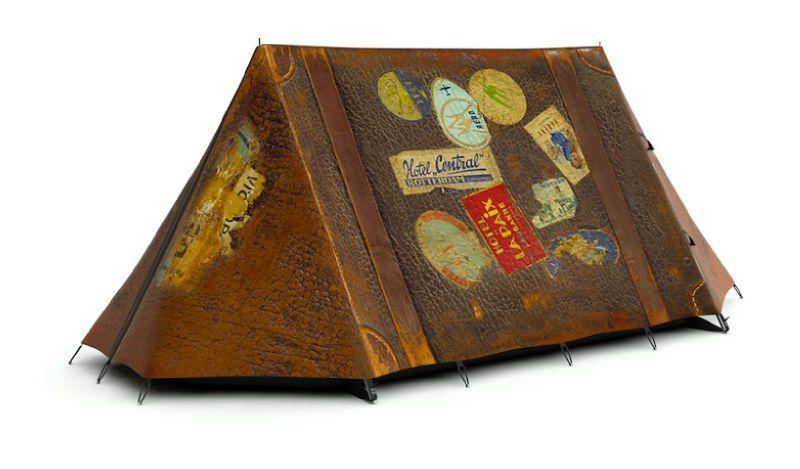 tente vintage vieille valise aspect cuir