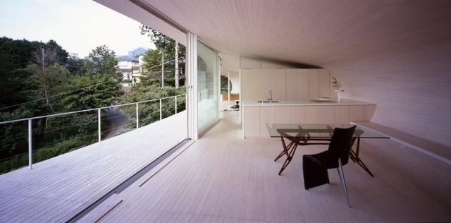 maison japonaise Crescent House par Shigeru Ban Architects
